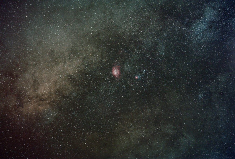 Milkyway with M8 and M20 from Corse